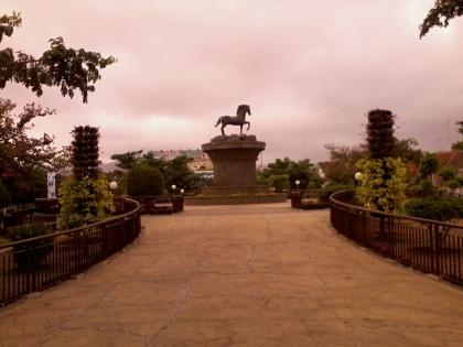 Kuda Kuningan Perlambang Watak dan Karakter Kota Kuningan yang berarti seorang pekerja keras.